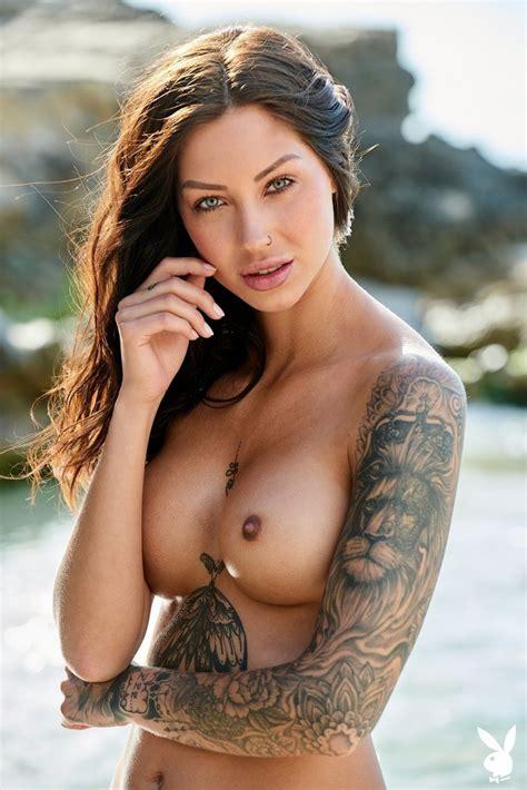 Naked Women Damplips