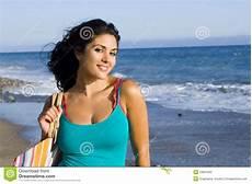donne sulla spiaggia donna della spiaggia immagine stock immagine di ragazza