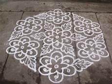 3 Pulli Kolam Designs Rangoli Designs Kolam 21 11 Pulli Kolam Interlaced Dots