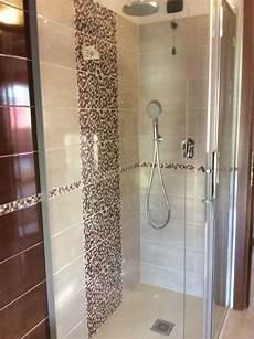 mosaico per bagno doccia doccia con inserto in mosaico nel 2019 bagno con mosaico