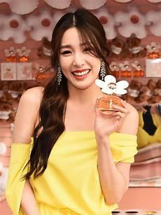 Tiffany Young Tiffany Young Daisy Love Fragrance Launch In Santa
