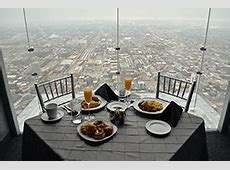 Skydeck Chicago ? Dining in the Sky