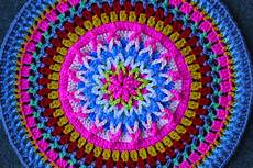 crochet class make a mandala