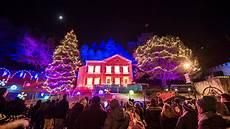 Holiday Lights Wisconsin Visit Milwaukee Holidays In Milwaukee