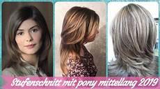 frisuren frauen zum nachmachen 20 frisurideen f 252 r stufenschnitt mit pony mittellang
