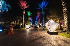 Zoo Lights New Orleans See The Spectacular Zoo Lights In Audubon Zoo Gonola Com