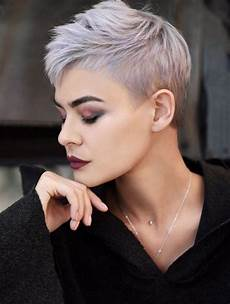 top kurzhaarfrisuren damen 2019 trendfrisuren 2019 diese haarschnitte sind gerade