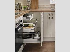 Burford Cashmere Kitchen   Shaker Kitchens   Howdens Joinery