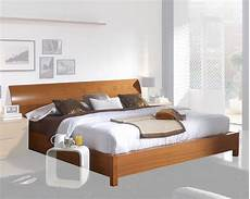 modern platform bed in light cherry finish made in spain