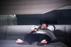 Sleeping With Lights On Linked To Weight Gain Sleeping With Artificial Light Linked To Obesity
