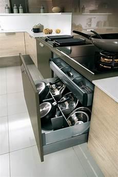 casserolier de cuisine pour plaque esth 233 tique 233 pur 233 e pour ce casserolier cuisine en 2019