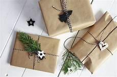 geschenke geschenke verpacken weihnachtsgeschenke verpacken ideen mit aquabeads