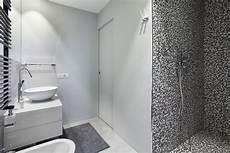 mosaico per bagno doccia mattonelle a mosaico per doccia con bagno con pavimenti e