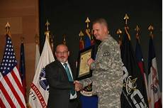Peo C3t Organizational Chart Army Network Leader Keeps Soldiers Connected Article