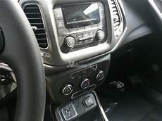 interni foto foto jeep compass 2017 le foto spia degli interni
