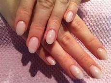 form negle akryl fransk manicure naturnegle diverse udsmykkede negle