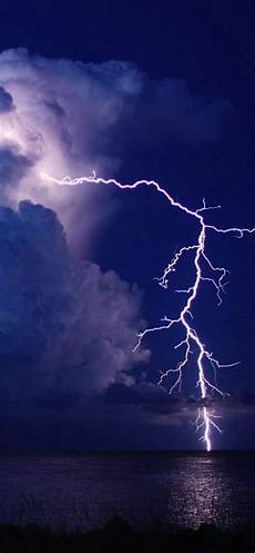 blue thunder wallpaper iphone 6 lightning lake sky view iphone x