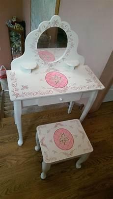 kidkraft princess make up vanity table stool mirror
