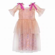 shan and toad luxury kidswear shop paade mode blanche