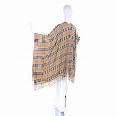 wool blend burberrys vintage check cape with