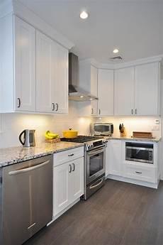 buy white shaker kitchen cabinets