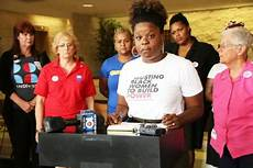 Womens Organizations Women S Groups Outraged By Birth In Broward Jail News