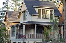 cottage style house plan 2 beds 1 5 baths 950 sq ft plan