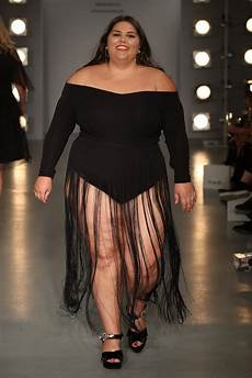 simply be curve catwalk september 2017 popsugar fashion