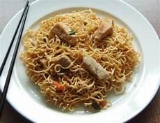 asiatische bratnudeln rezept mit bild kochbar de