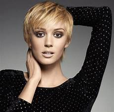 23 cute short hairstyles with bangs styles weekly