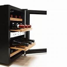 scaffali per bottiglie cantinetta cantina frigocantina minibar