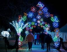 The Zoo Wild Lights Final Days Of Wild Lights At The Detroit Zoo Royal Oak