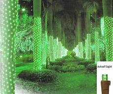 How To Wrap A Large Tree With Christmas Lights 2 X 8 Green Led Net Style Tree Trunk Wrap Christmas