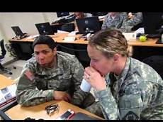 25b Mos 25b I T Specialist School Youtube