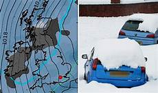 Snow Chart 2017 Uk Snow Map Latest Chart Shows Heavy Snow Closing In Onto