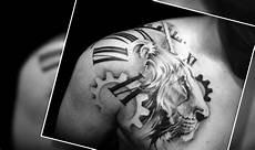 tatuaje masculinos 18 ideas de tatuajes para hombres en el hombro que te
