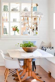 ideas for small dining rooms small dining room design idea banquette nelliebellie