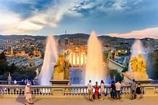 Barcelona Night Light Show Magic Fountain Barcelona Times 2020 A Show Of Water