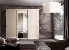 specchio da letto prezzi armadio classico ante scorrevoli con specchio centrale