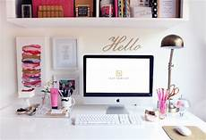 Cubicle Desk Decor How To Personalize Your Cubicle Create A Happy Workspace