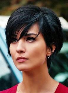 kurzhaarfrisur dicke glatte haare 28 kurze frisuren f 252 r dickes glattes haar kurze frisuren