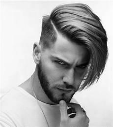 coole frisuren jungs langen haaren undercut lange haare jungs schulterlange haare