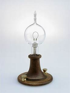 Electric Light Bulb 1879 History Of Light Bulbs For Home Lighting Edison Lighting