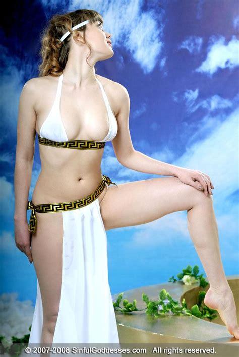 Nude Figure Standing Pose