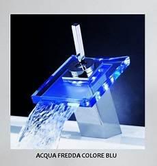 rubinetto a cascata rubinetto miscelatore a cascata in vetro con led
