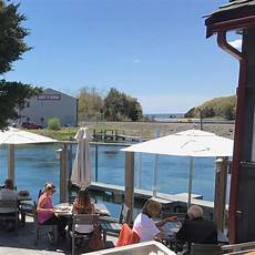 Chart House Cataumet Waterview Dining Guide 110 Cape Amp Islands Restaurants