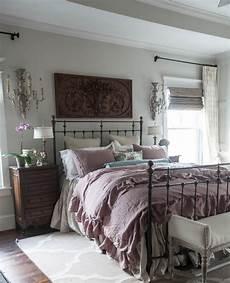 8 above bed d 233 cor ideas cedar hill farmhouse
