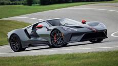 2019 ford gt40 2019 ford gt carbon series drops 40 pounds the torque report