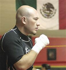 Light Club Nogales Sonora Now 100 Healthy After Injuries Leal Ready For Ring