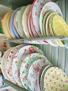 Designer Dishes Great Tips To Buying Dinnerware Wearefound Home Design